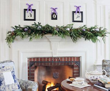 NESTERS Christmas Mantel Decor Ideas from Better Homes #0: Mantel BHG2