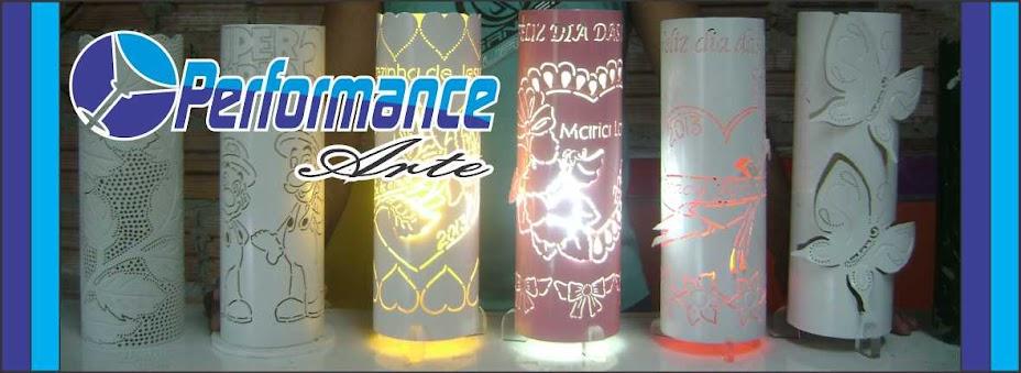 PERFORMANCE ARTE, LUMINARIAS EM TUBO DE PVC.