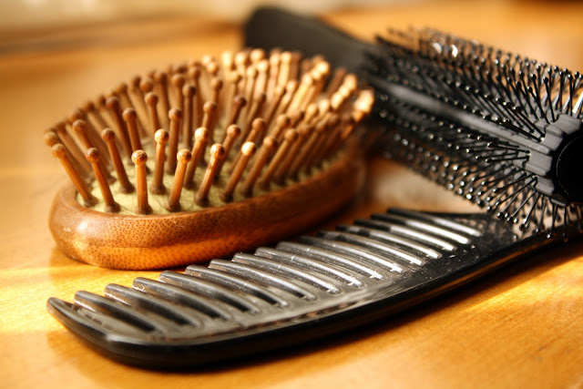 How to Clean Your Hairbrushes & Combs