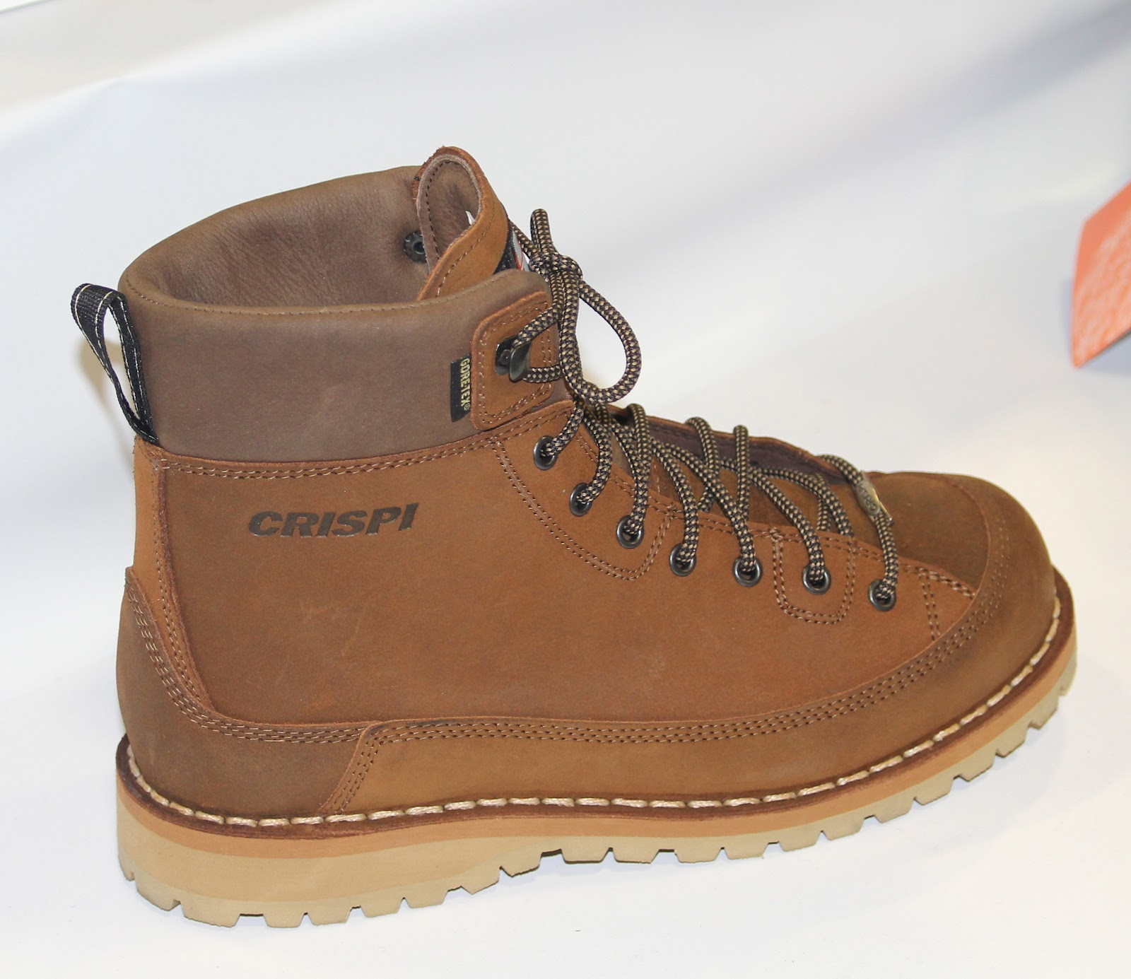Leeds Ideal greased water repellant leather, Gore-Tex® lining, Vibram®  sole-with stitched rand protection, Crispi's special insole too-685 gr