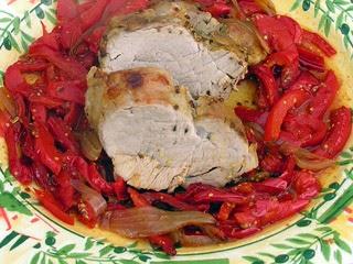 Filet mignon de porc, compotée de poivrons épicée