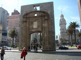 Portal para a Cidade Velha de Montevidéu