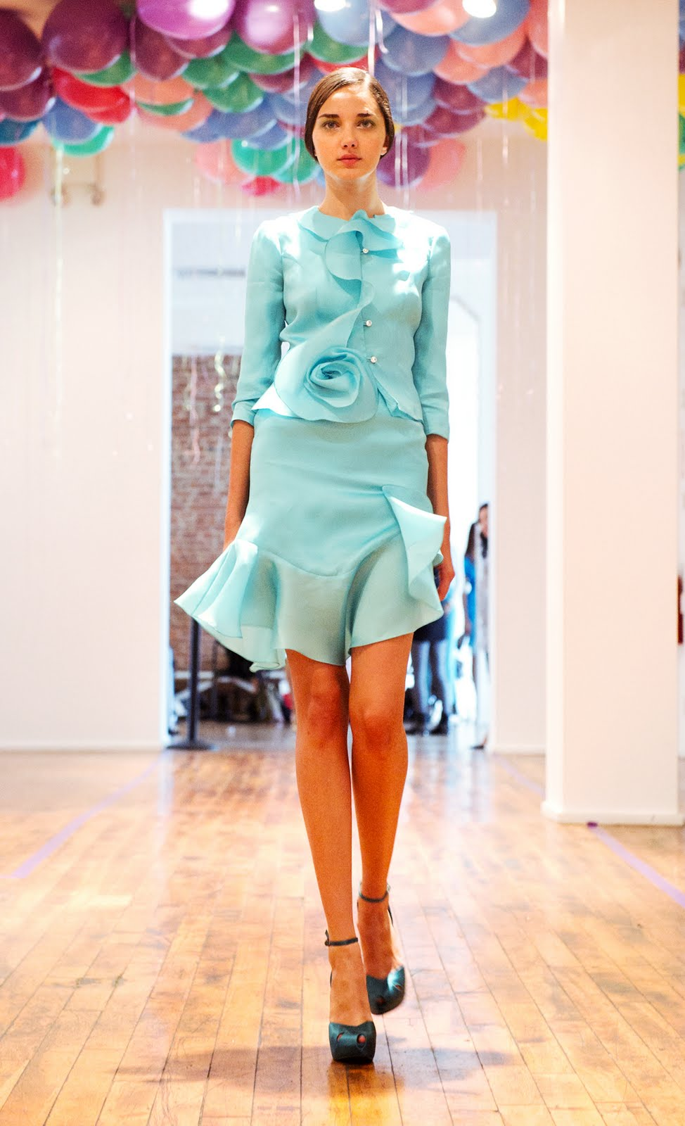YUNA YANG SS12 NEW YORK FASHIONWEEK   Visit us at http://www ...