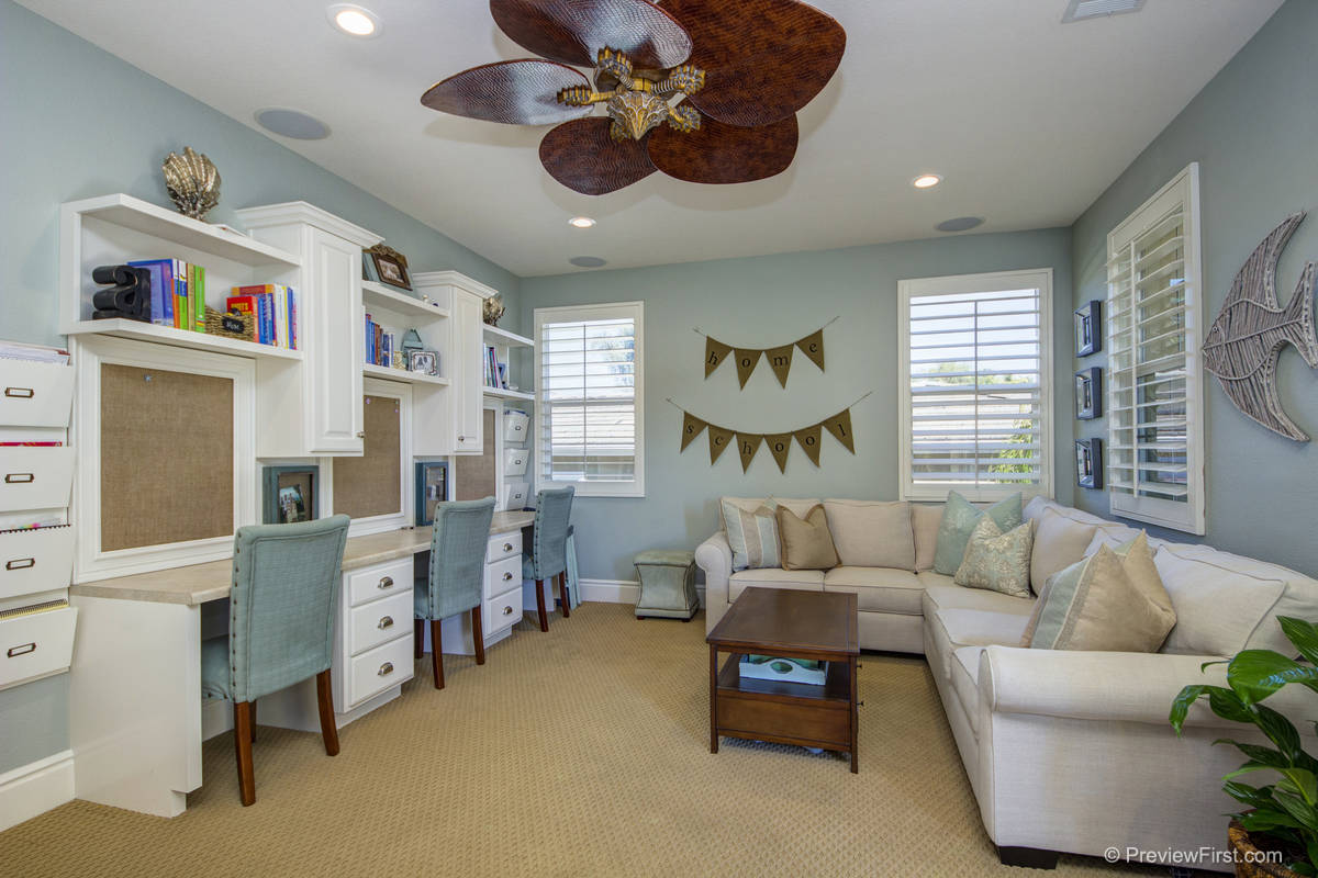 Seahorse Stripes Home Staging 101 Getting The Cole 39 S