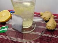 herbata z imbirem przepis na karnawał przyjęcie sylwestrowe domówka kolega wymiotuje wymiociny pomoc