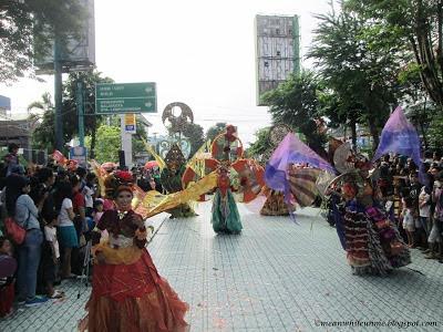 Tim Fashion Carnival UNY Jogja Kreatif