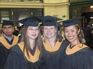 Nayarini Estiningsih Alumni Yang Mendapat Beasiswa S2 di Hungaria dan Inggris