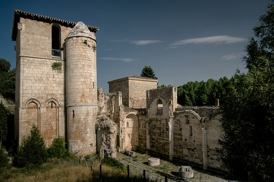 imagen_monasterio_san_pedro_arlanza_burgos_ruina_iglesia_romanico