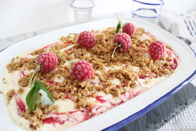 raspberry white chocolate cheesecake ice-cream