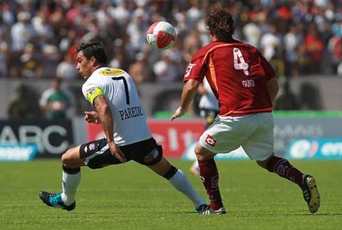 Play off clausura 2011 colo colo gana y pasa a semi for Esteban paredes wallpaper