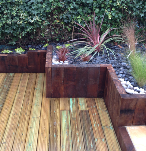 Un jardin en milieu urbain paysagiste val d 39 oise for Wavre jardin urbain 2015