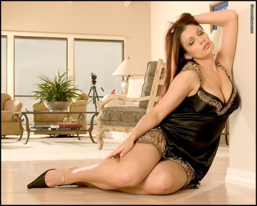 Брюнетки порно фото ария джиованни
