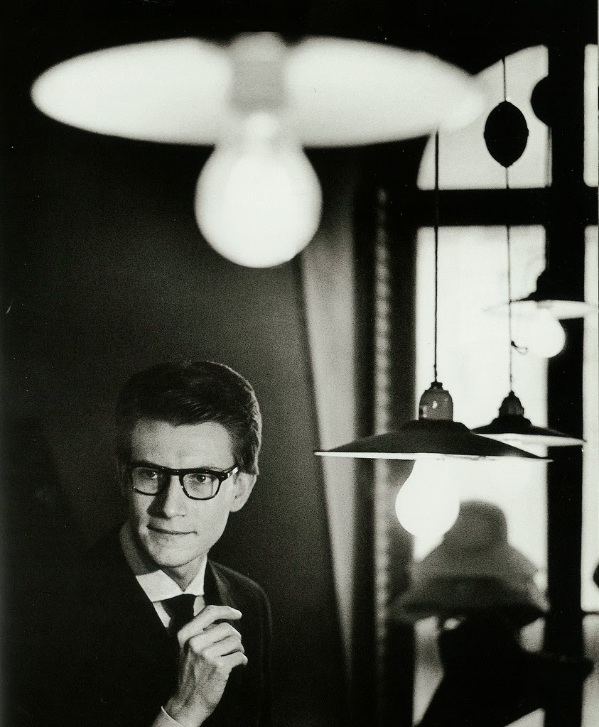 avengers in time 1962 fashion yves saint laurent stages his first couture show under his own name. Black Bedroom Furniture Sets. Home Design Ideas