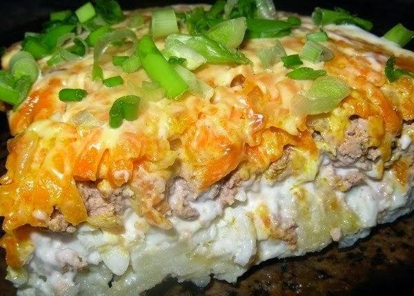 Салат с печенкой свиной слоями рецепт