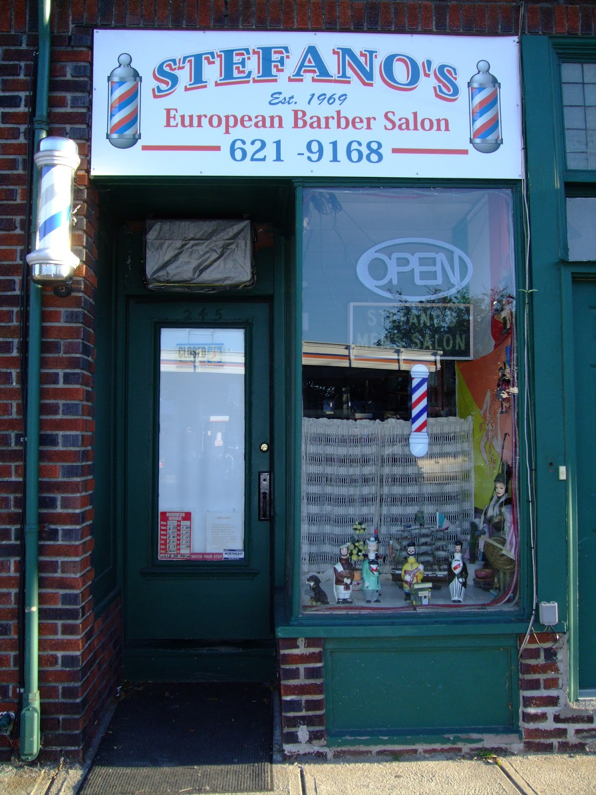 Barber Shops Near My Location : ... real life traditional striped barber pole and all barber shop