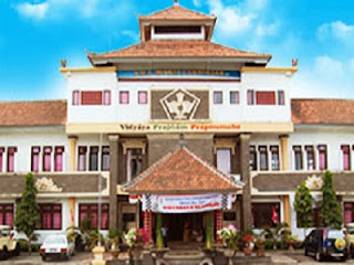 Gedung SMAN 2 Denpasar (foto sman2-denpasar.sch.id)