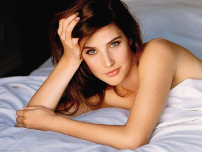 Cobie Smulders Wallpaper