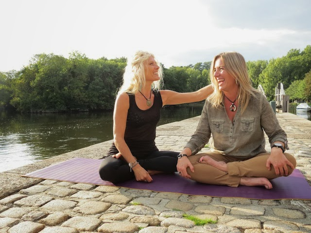 Nathalie from Yogi Mag and me near Nantes