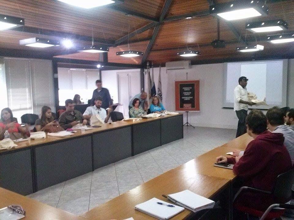 No seminário, os participantes receberam instruções para a elaboração e execução de projetos culturais