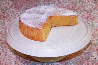 Gluten free lemon polenta cake