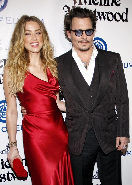 Amber Heard is PREGNANT