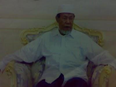 dilanjutkan oleh Muhammad Sueh Abdudhohir bin Nurhasan :