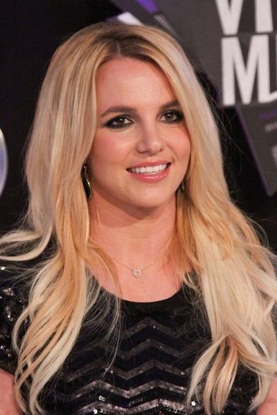 http://4.bp.blogspot.com/-8mLe43LpX-Q/TxtFK3z__kI/AAAAAAAAAMw/izI57Vm5oow/s1600/Britney-Spears-2012-images.jpg