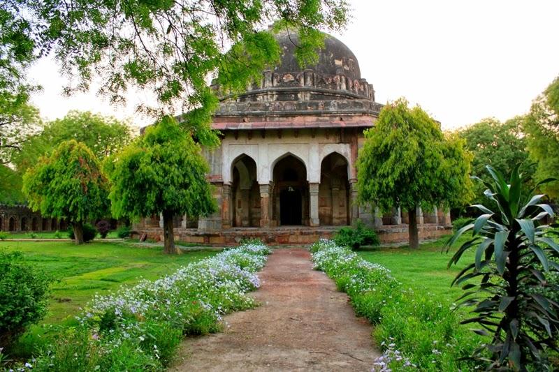 Yeni Delhi Lodi Bahçeleri