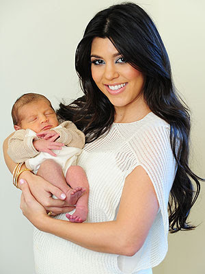 kourtney kardashian wallpapers 2012