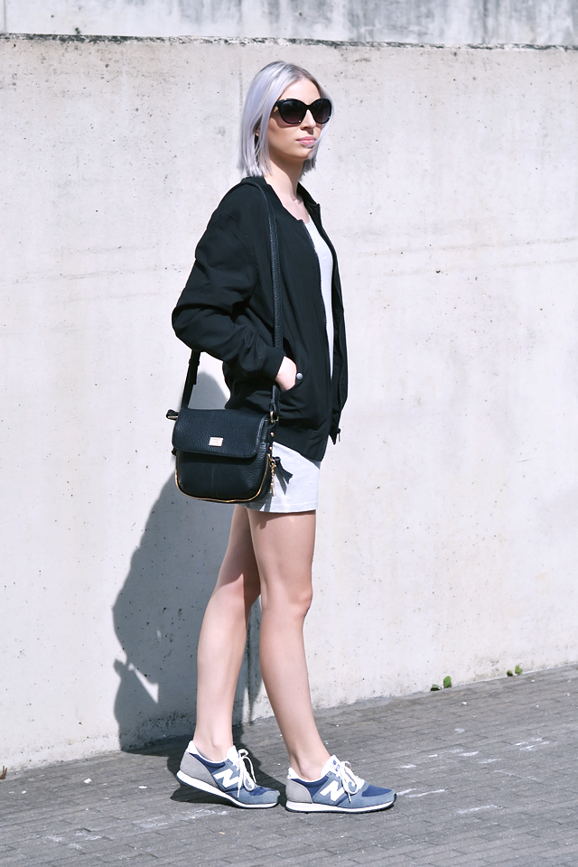 OOTD, outfit, jersey dress, takko fashion, black bomber jacket, bershka, new balance sneakers, 420 vintage, marc b dylan bag, summer 2015 street style
