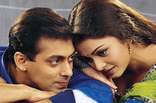 Abhishek upset over the leakage of Salman & Aishwarya's intimate photos | Cinema News