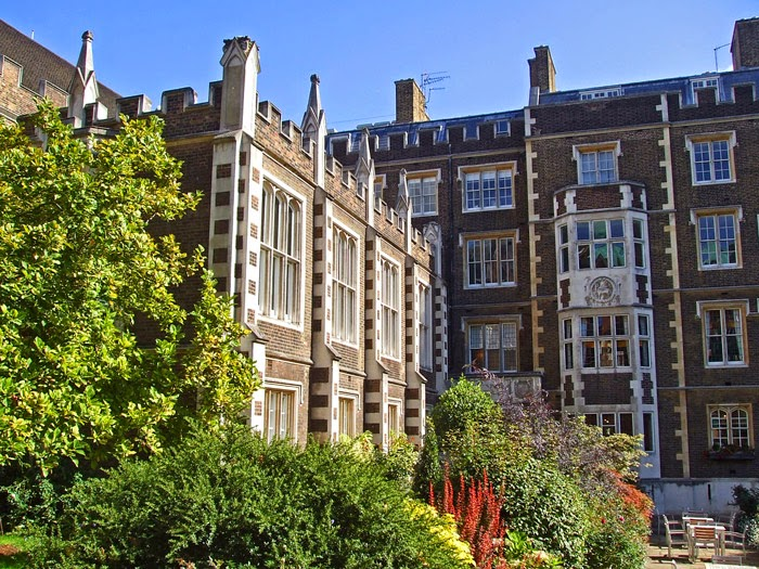 Middle Temple Gardens, Wars of the Roses