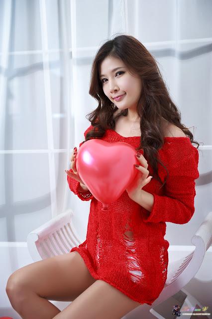 Hwang Ga Hi Pictures Gallery