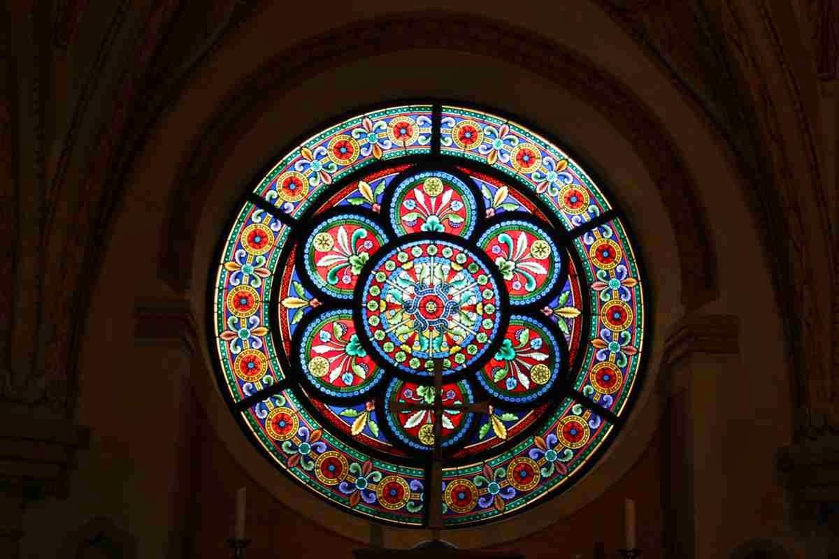 Wunderschöne Buntglasfenster in der Stiftskirche © Copyright Monika Fuchs, TravelWorldOnline