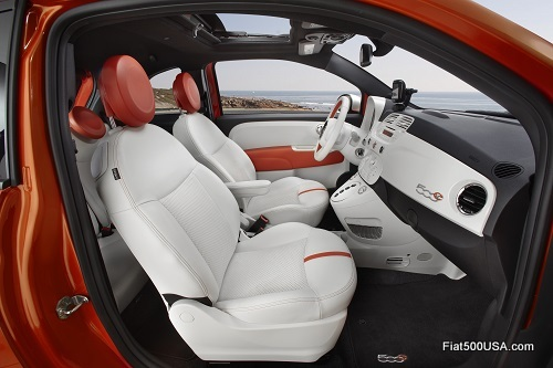 Fiat 500e interior