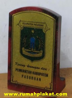 plakat penghargaan, plakat surabaya, plakat pernikahan, 0812.3365.6355, www.rumahplakat.com