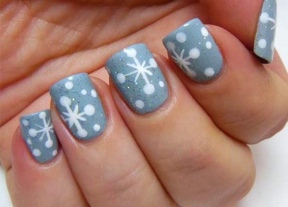 SNOWFLAKE NAILS How to Make - Nail Art Lesson | Renkli Duvar
