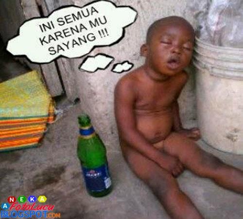 foto lucu Anak Kecil Lagi Galau