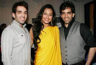 Sonakshi Sinha with brothers