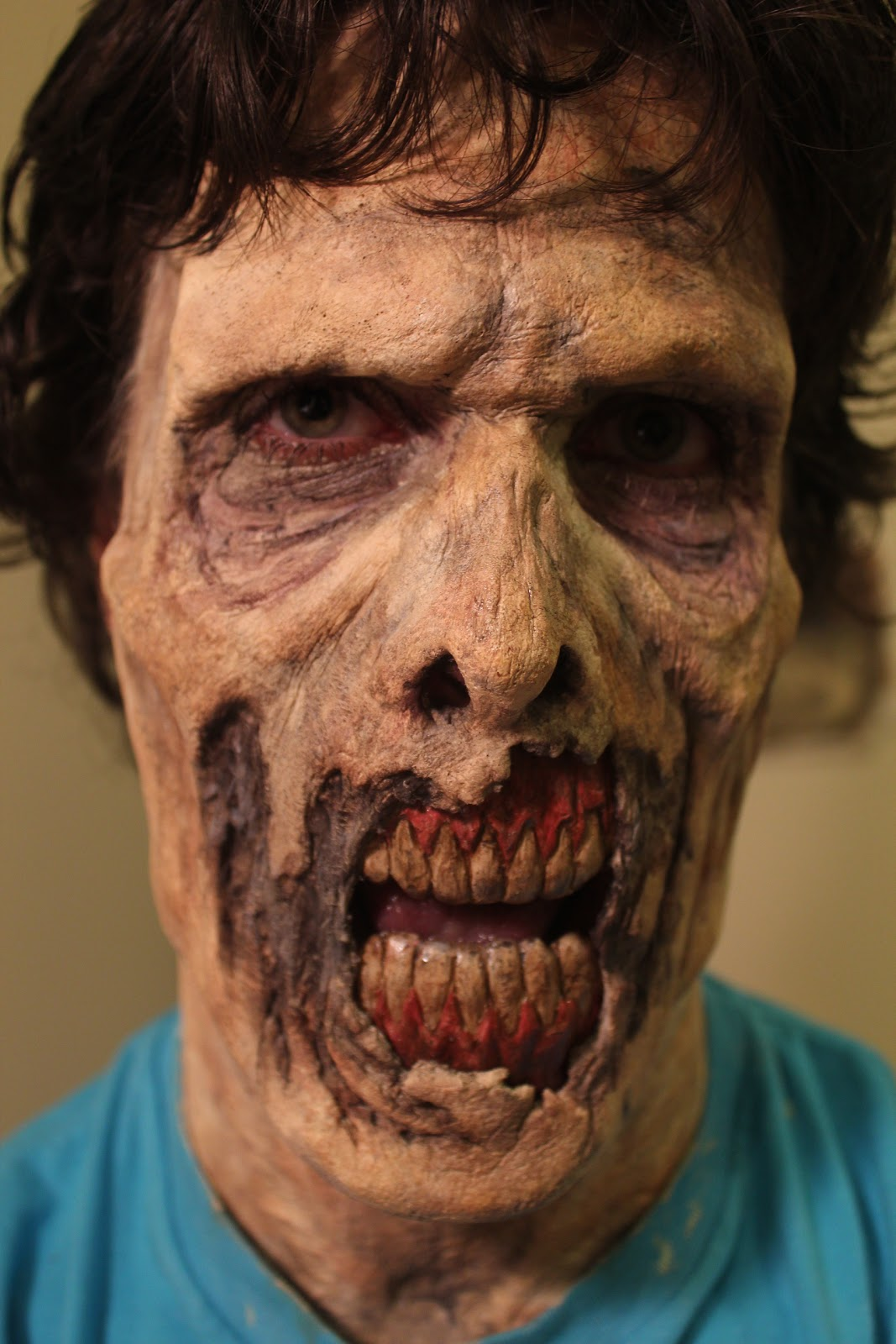 Mr. Chicken\'s Haunted Projects Blog: Zombie Makeup Application