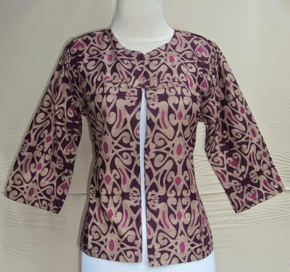 blazer-batik-motif-dayak-kancing-ungu