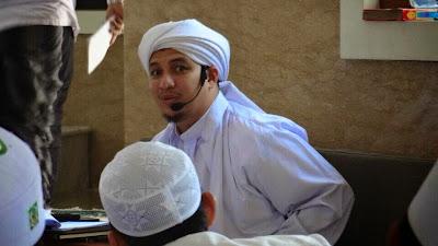Habib Ahmad bin Novel Jindan