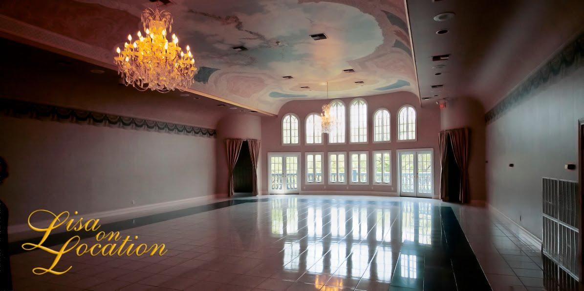 Castle Avalon destination wedding venue in New Braunfels Texas