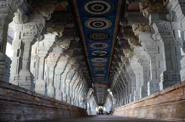 Rameswaram Sri Ramanathaswamy Temple Inside