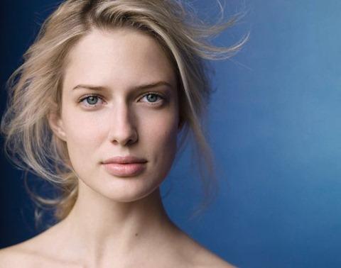 Como arreglar los tiempos sobre la persona en la cosmetología