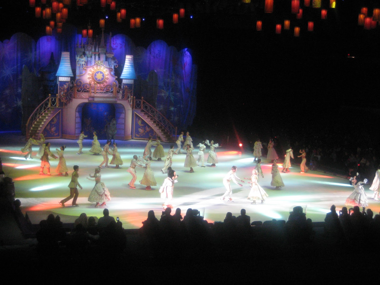 Disney On Ice Dare To Dream Show Experience Any Tots