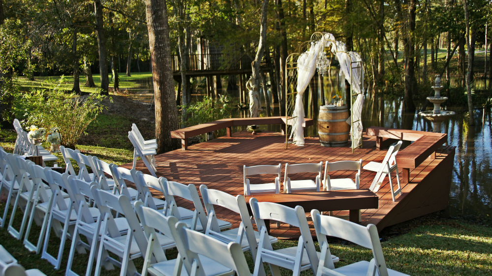 Wedding By The River (Photo)