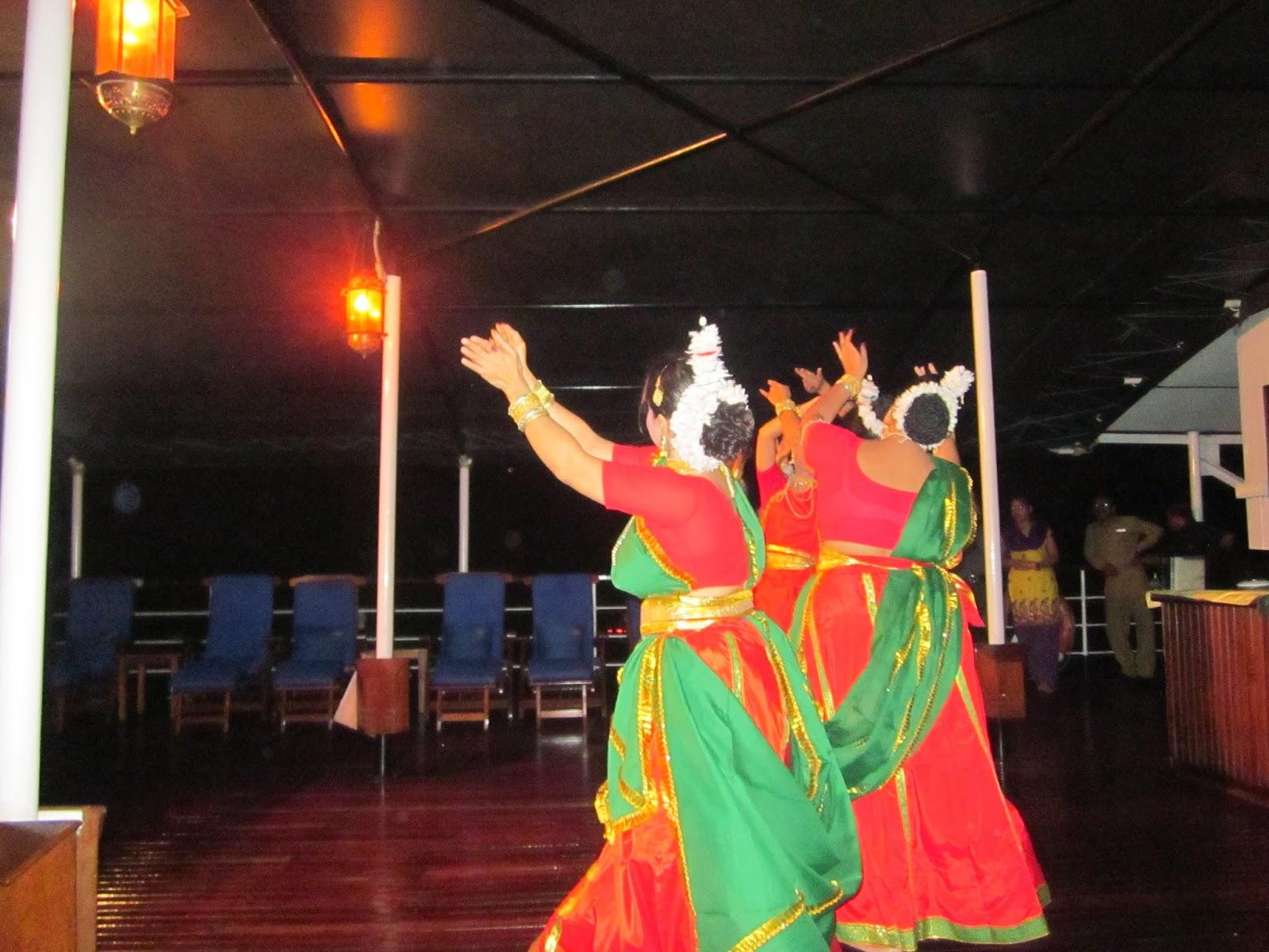 এর দ্বারা পোস্ট করা unknown মঙ্গলবার ৯ এপ্রিল ২০১৩