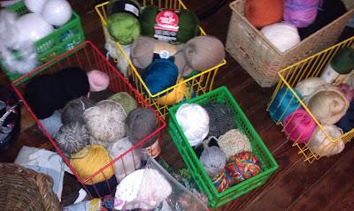 {Niccupp Crochet} My Yarn Stash...One Year Ago