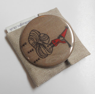 Folk Art pocket mirror and linen pouch